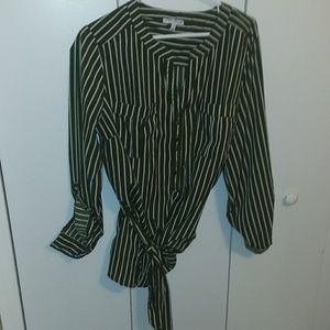 Women blouse by notation  size 2x  20w